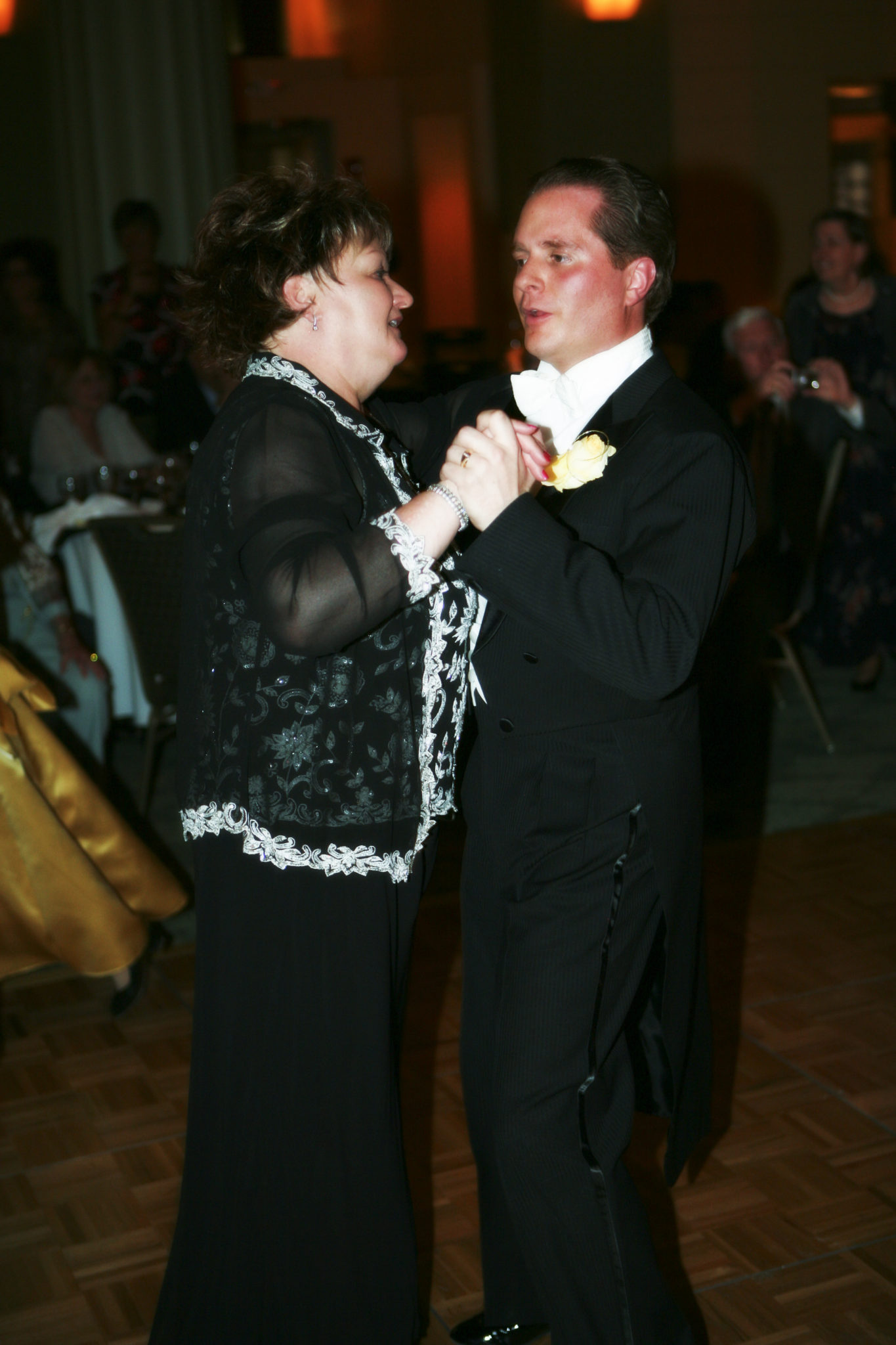 Mother son wedding dance tips for dancing at your wedding craig and sue mother son wedding dance junglespirit Gallery