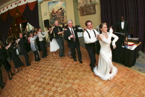 Fun Wedding party line dance