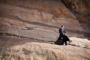 engagement photo on rocks