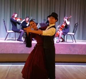 Vintage victorian viennese waltz dancers