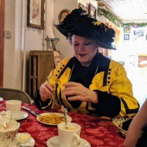 Victorian Luna at tea