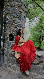 LOTR Elf Queen Celebrían Castle Dunafon (2)