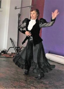 Demonstrating Dance at the Trocadero