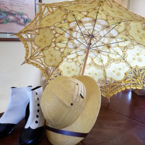 Parasol shoes and pith helmet