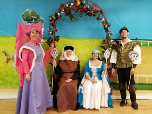 Horses Branle maid marion, medieval madens, lady cluck robin hood