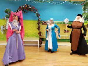 horses branle maid marion, lady cluck, medieval maid